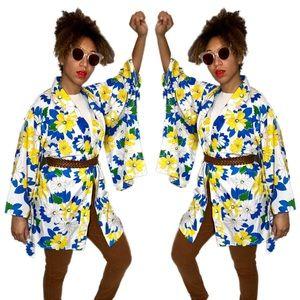 Jackets & Blazers - Vintage 60s 70s style floral print batwing kimono